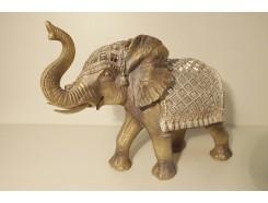 P1035528 Poly. Zilvergouden olifant medium met dekkleed met spiegeltjes. L x H : 35 x 27 cm.