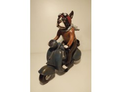 P1035774 Poly Cats & Dogs. Bulldog on moped. L x H : 26 x 25 cm.