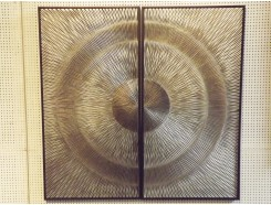 T25472 Walldecoration. Abstract circle on 2 panels silver-grey-brown. 2 x 45 x 90 cm.