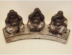 P1035451 Poly. Boeddha horen-zien-zwijgen op sokkel. Zwart-zilver. Lengte : 18 cm.