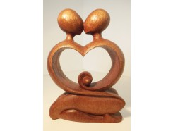 H2130067 Hout. Houten loving couple art/abstract. HxBxD : 20x14x5 cm.