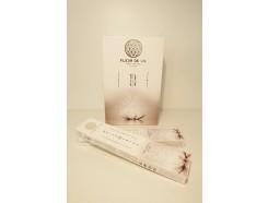 W8355401 Wierook. Fleur de Vie White Lotus. Box met 12 pakjes.