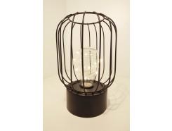 L193985 Led lamp. Led lamp tafelmodel met zwarte ronde basis van 10 cm. Met cilindrisch/bolvormig zwart draadstaal. Hoogte 21 cm. Op 3 AAA batterijen (niet meegeleverd).