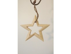 H2030312 Wood. Wooden 3-d star lightcoloured wood with open center. Diameter 15 cm.