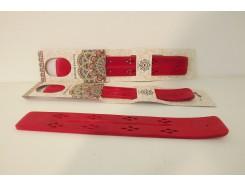 H8350013R Wood. Incense burner ski 25 cm. rood. Per stuk verpakt.