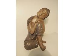 P1035808 Poly. Sleeping boeddha met spiegeltjes. Hoogte 30 cm.