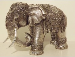 P1035606 Poly. Olifant small zilver. HxL : 26 x 40 cm.