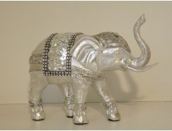 P1035626 Poly. Olifant zilver. Hoogte : 14 cm.