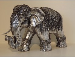 P1035632 Poly. Olifant medium zilver. HxL : 35 x 50 cm.