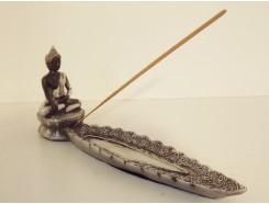P1035459 Poly. Wierookbrander met Thai boeddha 28 cm. Zwart-zilver.