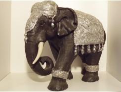 P1035465 Poly. Olifant XXL. Zwart-zilver. Hoogte : 60 cm.